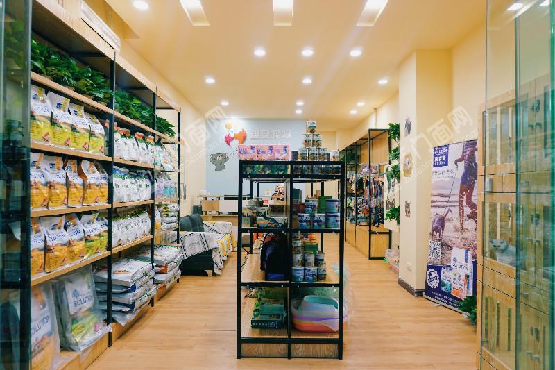 Z九龙坡巴国城火炬大道宠物店临街门面低价转让