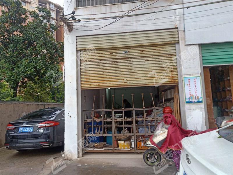 赣县工业园经营十年服装配料店低价急转